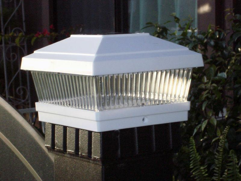"4 Pack 5""X5"" Solar Deck Light"