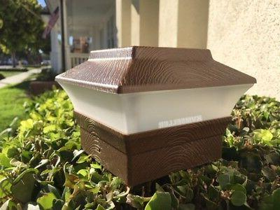 8 Wood Texture Post Fence Light